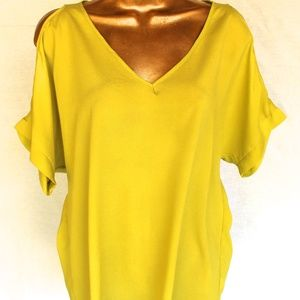 Cute Silky Lime Green SOPRANO Blouse Shirt Nordstr